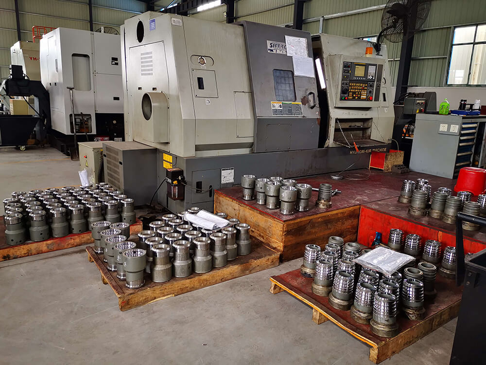Frac pump parts and flow irons machining workshop